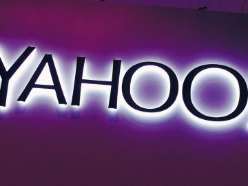 Yahoo! Purple Sign