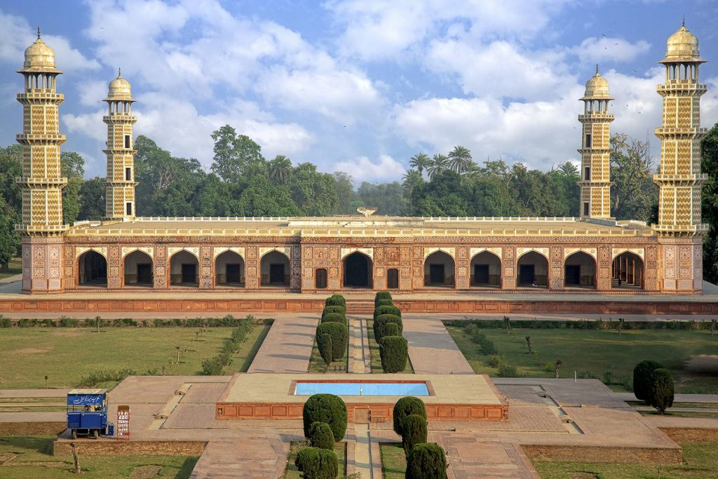 Tomb of Jahangir in Lahore — Photo by Tahsin Shah