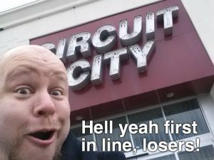 first-in-line-circuit-city-black-friday-meme