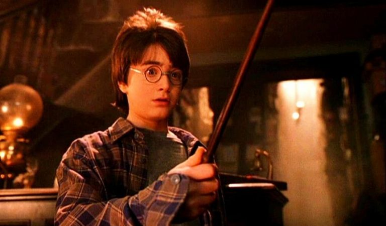 Android turns your phone into Harry Potter's magic stick