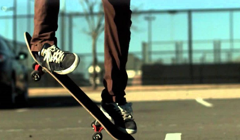 Record, analyze & share your tricks with RideBlock skateboard